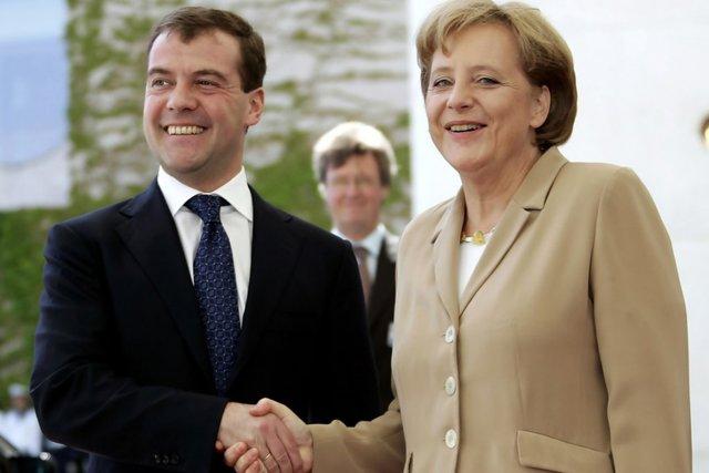 Дмитрий Медведев рассказал об итогах беседы с Ангелой Меркель