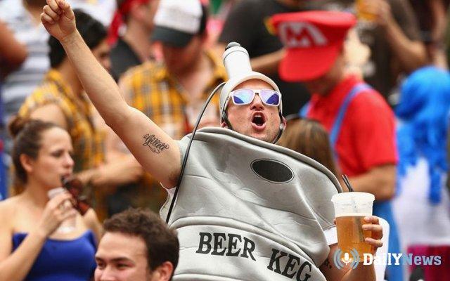 Глава Российской футбольной премьер-лиги собирается добиться разрешения на продажу пива на стадионах
