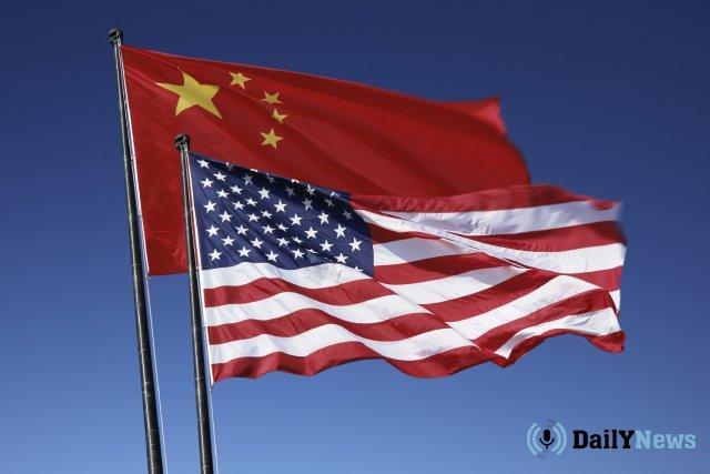 В США изменили дату повышения пошлин на товары из Китая