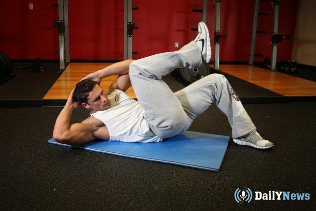 Медики рассказали, почему одно из самых популярных спортивных упражнений может стать опасным для здоровья