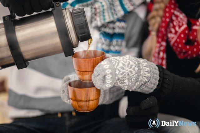 Московские медики рассказали какими напитками греться на морозе