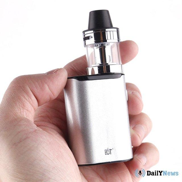 Дмитрий Медведев прокомментировал необходимость урегулирования продажи электронных приспособлений для курения