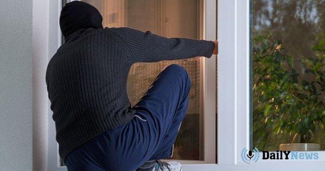 Во Львове задержали грабителя, решившего помыться в чужом доме