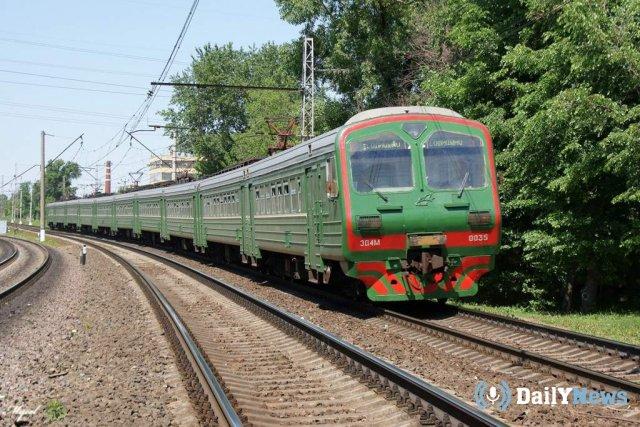В Саратове женщина погибла, попав под поезд в наушниках