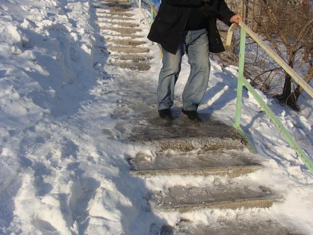 Грунтовые воды стали причиной проблем с гололедом во Владивостоке