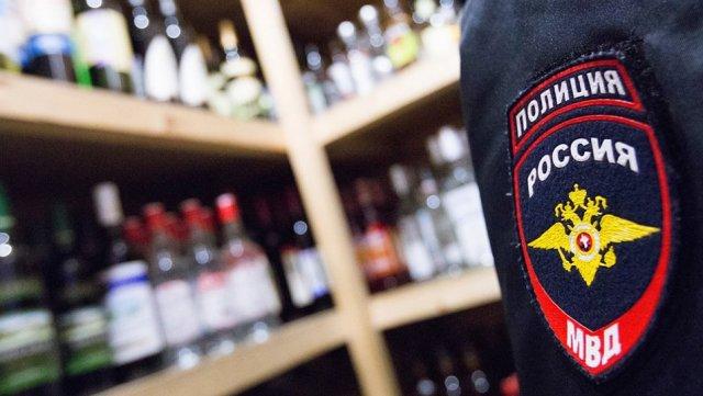 Крупную партию нелегального алкоголя изъяли в Красноярском крае