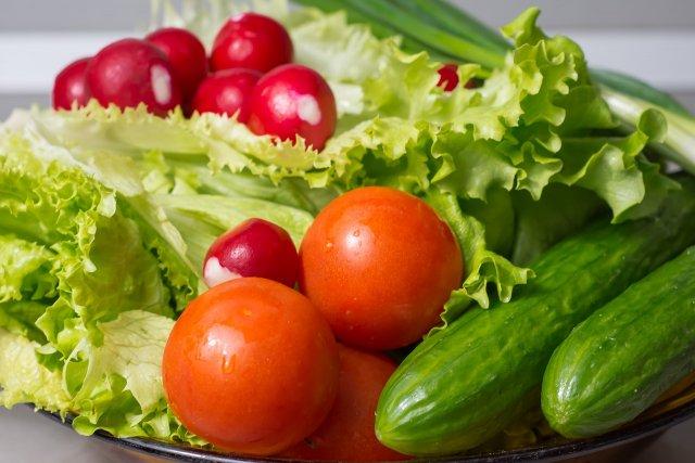 Диетологи рекомендуют отказаться от употребления сырых овощей