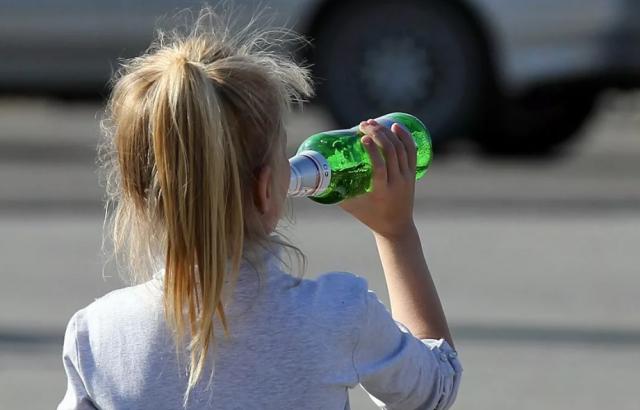 Уголовное дело по факту привлечения к алкоголизму несовершеннолетней возбудили в Рязани