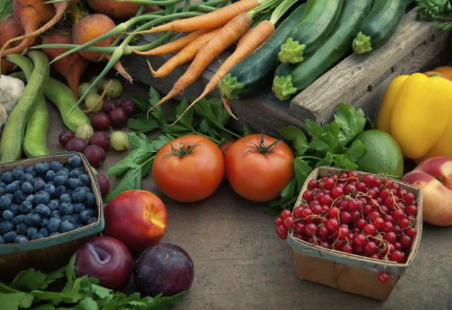 Диетолог из Испании рассказала о продуктах, которые помогут замедлить процесс старения