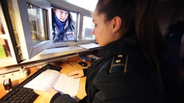 В МВД предложили ввести обязательными медицинские справки для въезжающих в РФ