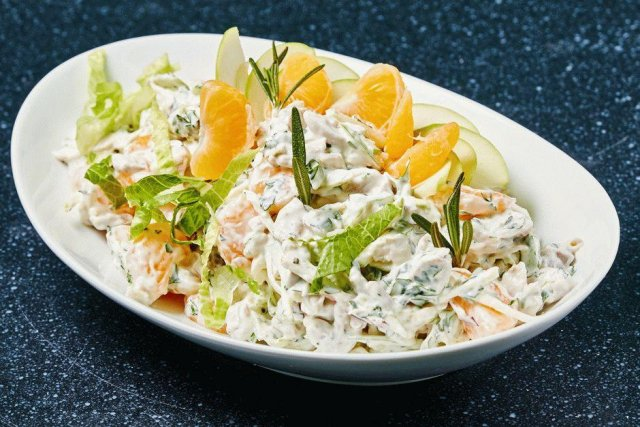 Эксперт рассказал о вреде майонезных салатов