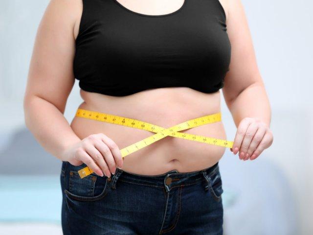 Диетологи поделились своим мнением по поводу влияния лишнего веса на заражение коронавирусом