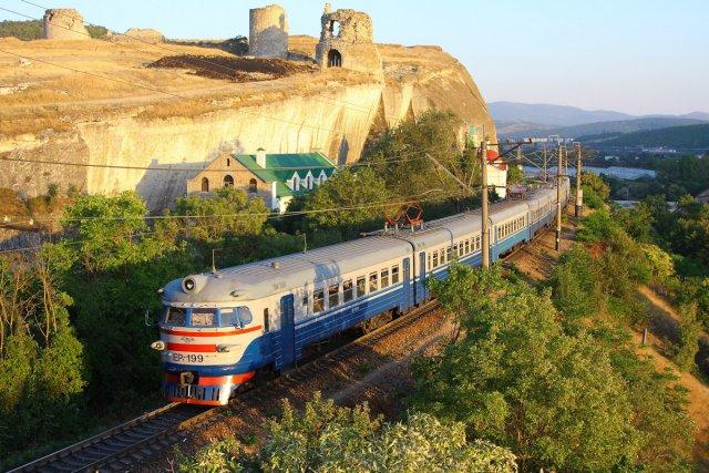 Льготы будут предоставляться школьникам для поездки в Крым на поезде