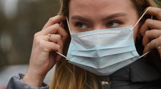 Вирусолог спрогнозировал длительность масочного режима в мире