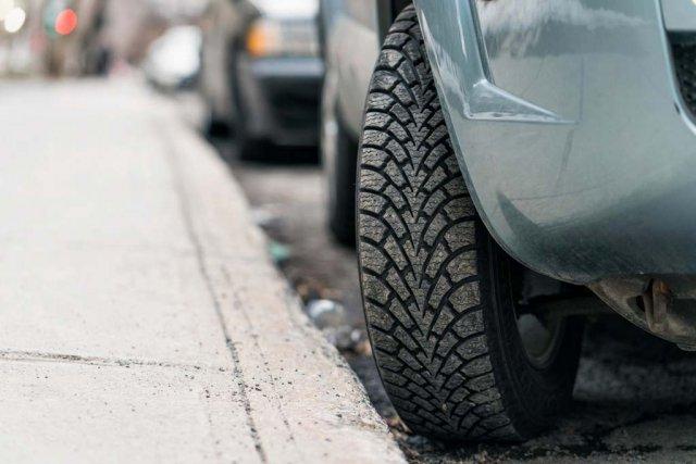 Двое мужчин в Москве устроили конфликт, не поделив парковочное место