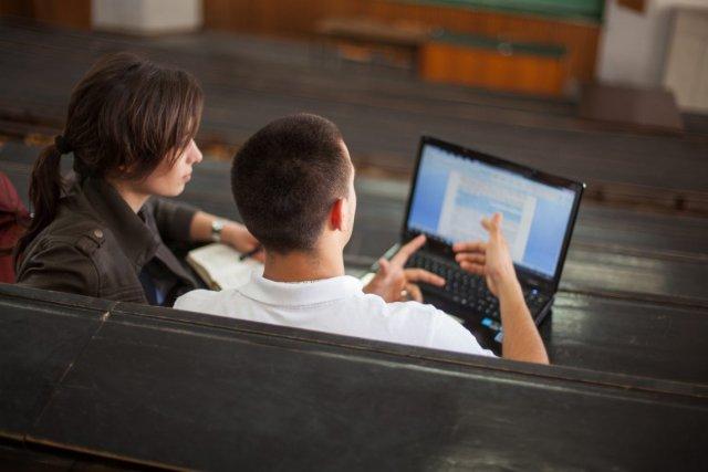 Эксперты назвали наиболее высокооплачиваемые профессии для студентов