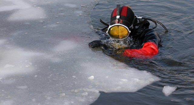 В Саратовской области продолжают разыскивать детей, провалившихся под лёд