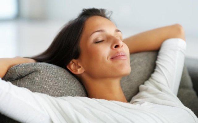 Способ йогов, который помогает уснуть з 60 секунд