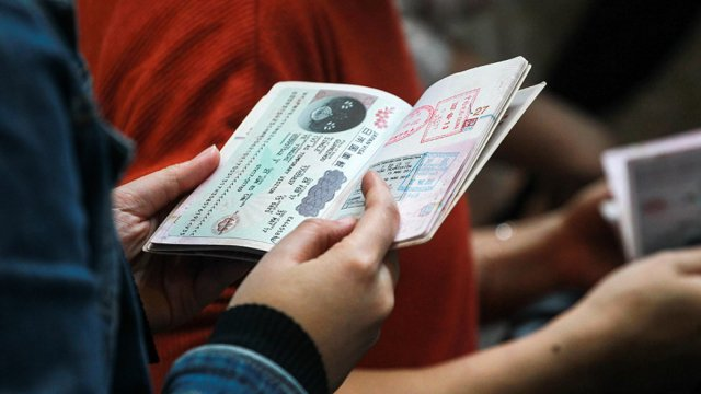 Путин распорядился о дистанционном оформлении виз для иностранцев за 4-дневный срок
