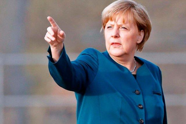Меркель призывает не забывать о миллионах жертв нацистов