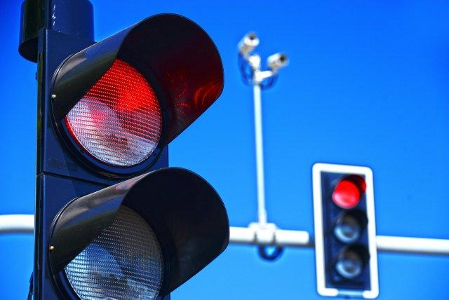 В Хабаровске появился первый инновационный светофор