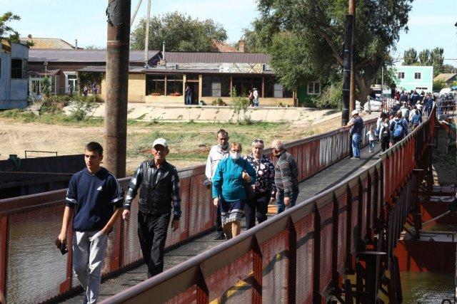 На новом мосту в Астрахани появятся фонари на солнечных батареях